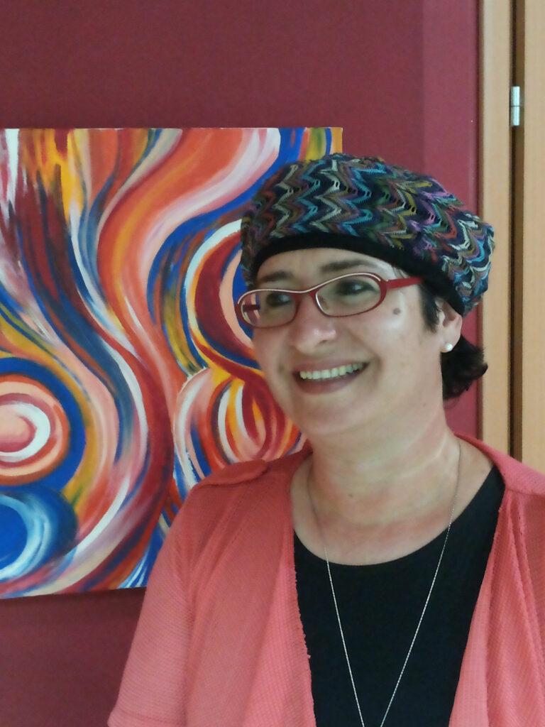 רכזת המסלול לימודי אמנות: גב' אורנה סגל